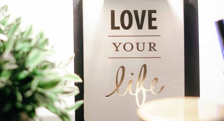 love your life on clipboard